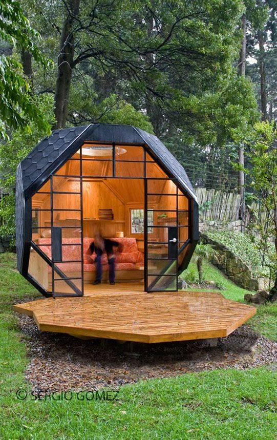 Как и из чего дешевле всего строить дом своими руками:…